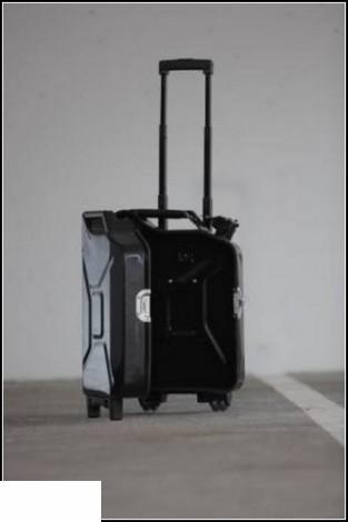 Уникальные чемоданы гипермаркет лента скидки акции в спб чемоданы