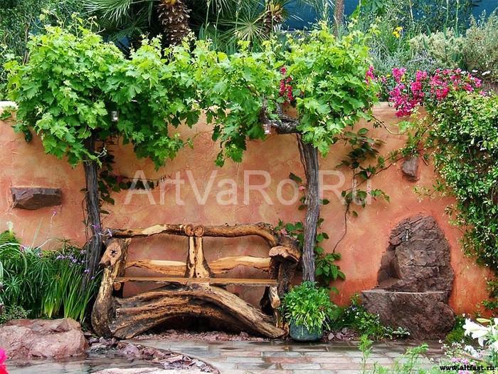 скамейка дизайнерская Дизайнерская скамейка в оформлении загородного дома
